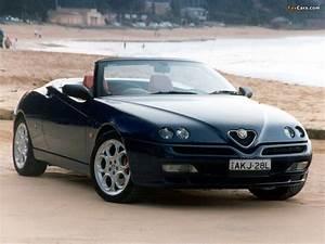 Alfa Romeo Spider 916 : black spider 916 sport cars pinterest black spider ~ Kayakingforconservation.com Haus und Dekorationen