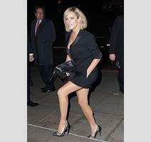 Caroline Flack Ignores X Factor Criticism At London Awards Show Celebrity News Showbiz Tv