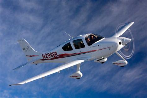 cirrus sr  plane pilot magazine