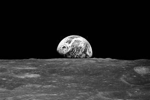solitary dog sculptor: NASA: Earthrise Revisited - 12.25.13