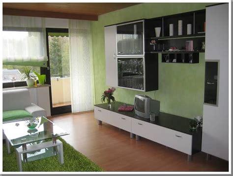 Wohnzimmer Grün Braun by Vibrant Idea Wohnzimmer Grau Gr 252 N Im 25 Beispiele F 252 R
