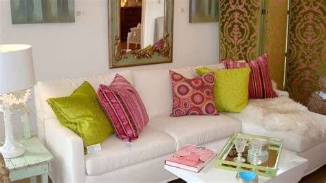 white sofa with colorful pillows selecting the dressage cushions for sofa or chairs
