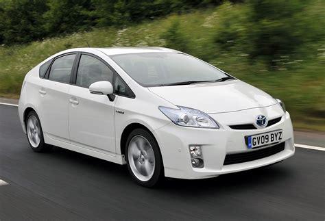 Hybrid Cars :  Petrol Electric Cars Hit