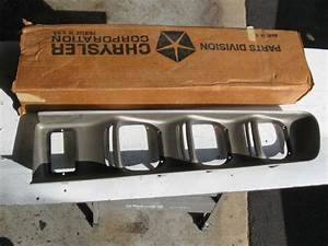 Dodge Light Clips Sell Mopar Nos 1971 72 Dodge Charger R T Superbee Rear