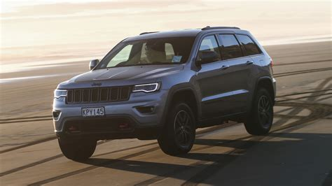 jeep cherokee green 2017 2017 jeep grand cherokee review caradvice