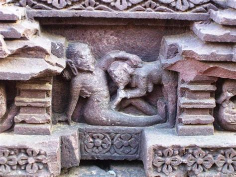 temples  india  display erotic art triphobo