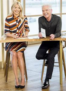 Holly Willoughby appears her slimmest to date in jumper ...