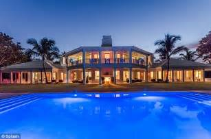 2 Bedroom Hotels Miami Beach by Celine Dion Drops Price On Florida Waterpark Mansion By