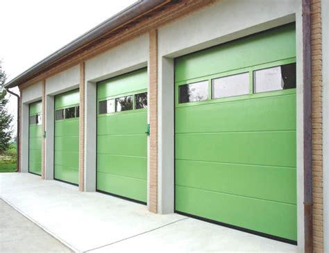 pannelli per portoni sezionali vendita e posa portoni sezionali per garage topchiusure