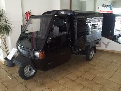 piaggio ape elektro die kleine ape 50 piaggio ist ein leichtkraftfahrzeug 40 km h mopedauto