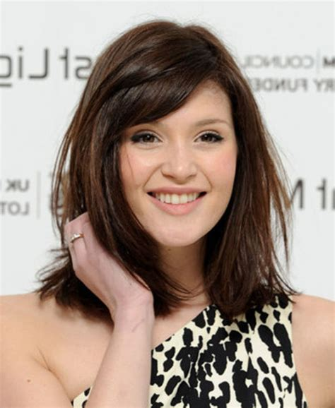 Shoulder-Length Hairstyles for Fine Hair