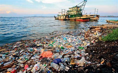 Zaļais dzīvesveids. Mēs paši sevi aprokam... atkritumos ...