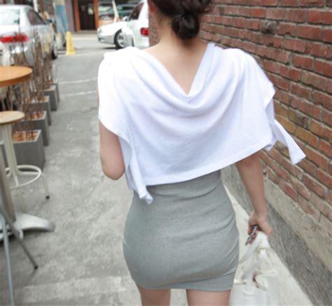 플래시24 네티즌포토 요즘 지나가는 여자 원피스 몸매수준