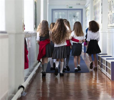 school accused  sexism  parents asked  check