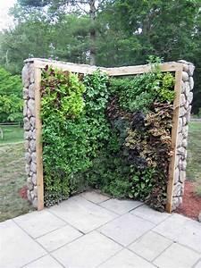 Spielturm Für Kleine Gärten : super idee f r kleine g rten eine salat und kr uterwand ~ Whattoseeinmadrid.com Haus und Dekorationen