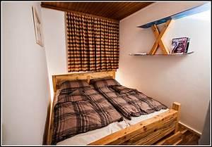 Weisse Betten Holz : betten aus holz selber bauen betten house und dekor galerie e5z3mqraza ~ Markanthonyermac.com Haus und Dekorationen