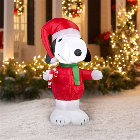 peanuts christmas outdoor decorations snoopy yard decorations decor