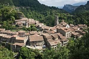 Excursión en grupo a Rupit Excursiones en grupo Catalunya Agencia de viajes para grupos