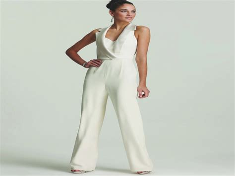 Ten Benefits Of Womens Dressy Suits For Weddings That May