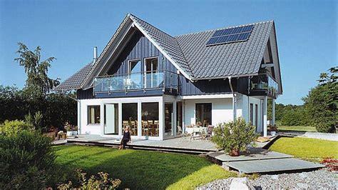 Moderne Häuser Mit Wintergarten by Moderner Landhausstil Mit Wintergarten E 15 205 1