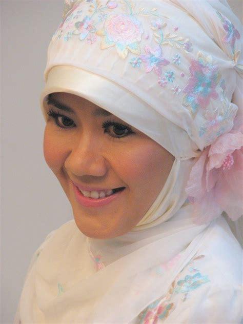 Asma Nadia - Wikipedia bahasa Indonesia, ensiklopedia bebas