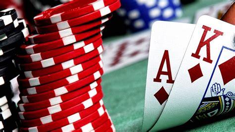 Mengapa Permainan Poker Online Lebih Banyak Disukai ...