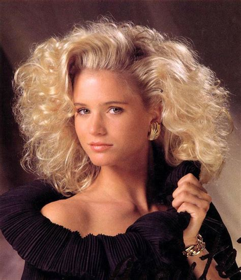 80s Hairstyles fashion trends of the past 1980s 2000s blushingbtique