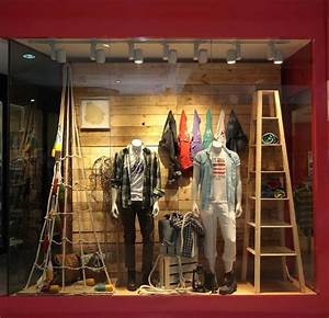 Visual Merchandising Einzelhandel : merter visual merchandising retail store window display men 39 s clothing and accessories ~ Markanthonyermac.com Haus und Dekorationen