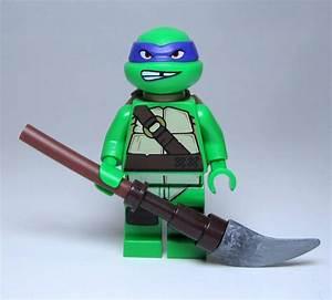 LEGO 79105 Teenage Mutant Ninja Turtles DONATELLO STAFF ...