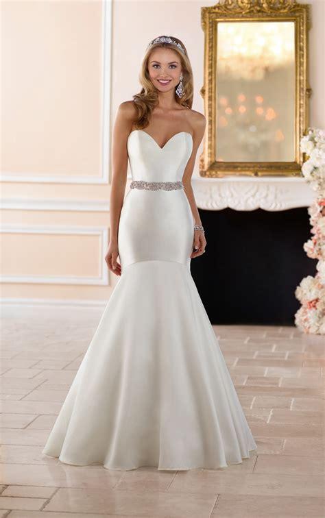 wedding dresses curve hugging wedding gown stella york
