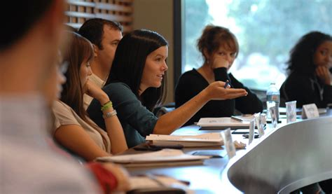stanford offers  dual international policy studiesmba