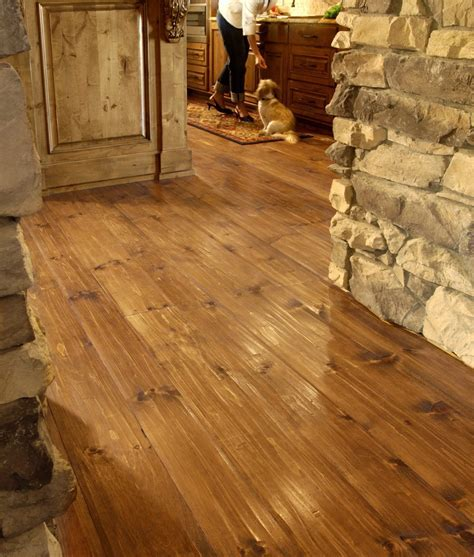 Eastern White Pine Flooring in a Hallway