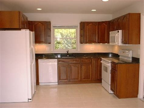 white and cherry kitchen cabinets 19 best images about kitchen white appliances on 28452