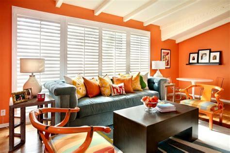 Wohnzimmer Violett Streichen  Raum Und Möbeldesign