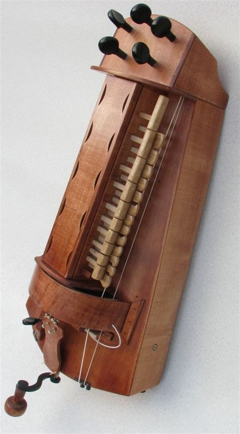 April 19, 2012september 23, 2015 musictheory 1 comment. Ancient Musical Instruments. Posted by Sifu Derek Frearson em 2020 | Música medieval, Acordeon ...
