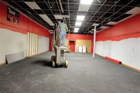 overhaul   mall business lmtribunecom