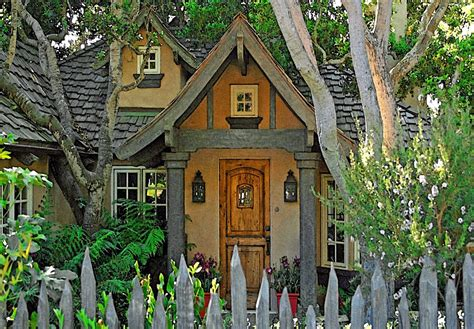 Fairy Tale Cottages : The Fairytale Cottages Of Carmel