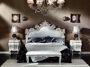 Deco Baroque Moderne : le chevet baroque rennaissance d 39 un meuble classique ~ Teatrodelosmanantiales.com Idées de Décoration