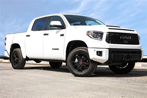Including destination charge, it arrives with a manufacturer's suggested retail price (msrp) of. TOYOTA TUNDRA 5.7L TRD PRO HI A/T PTR - Car2point