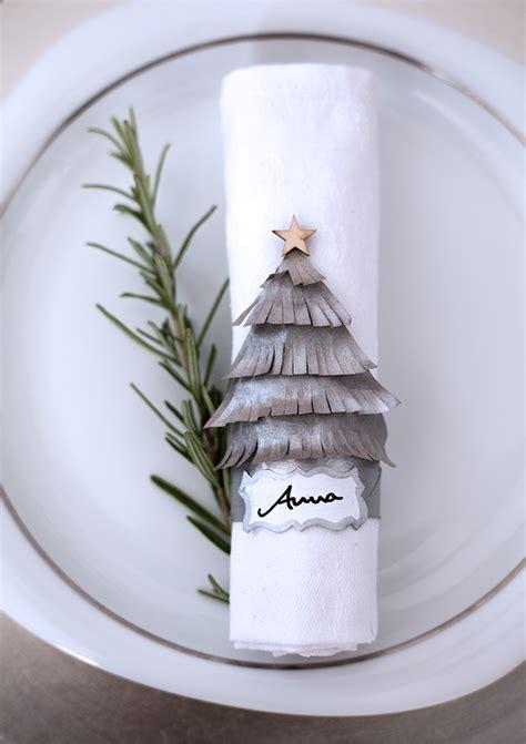 Weihnachtliche Tischdeko Selber Basteln by Namensschilder Und Tischk 228 Rtchen F 252 R Weihnachten