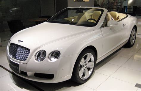 Cool Cars Bentley Continental Gt White