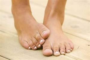 Лечение грибка на ногтях ног солью