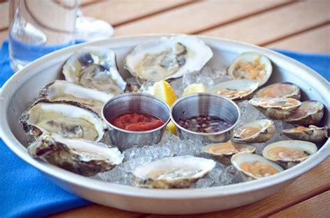 menu breakwater stonington harbor