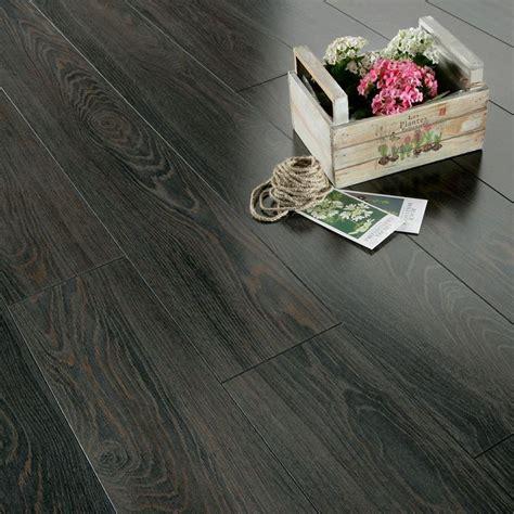 Dark Laminate Flooring  Series Inspire 8mm Gloss Black