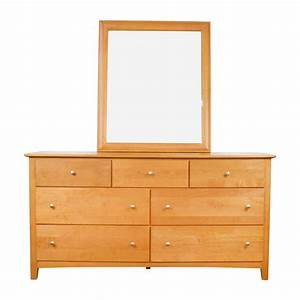 75% OFF - Stanley Furniture Stanley Furniture Maple Wood