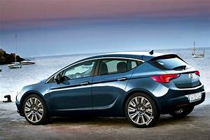 New 3d And 5 Door Hatchback Vauxhall And Opel Astra K Gsi ...