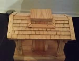 vogelhaus fã r balkon vogelfutterhaus für den balkon bauanleitung zum selber bauen