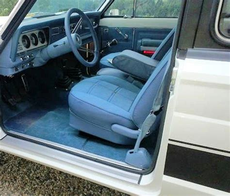 jeep blue interior interior fully restored blue levi edition jeep cherokee