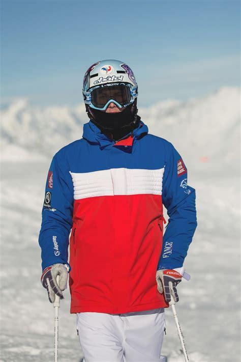 la tenue   de lequipe de france de ski de bosses
