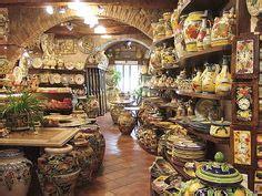 pottery shop in san gimignano tuscany italy pixdaus orvieto italy famous for it s pottery italy pinterest pottery and italy